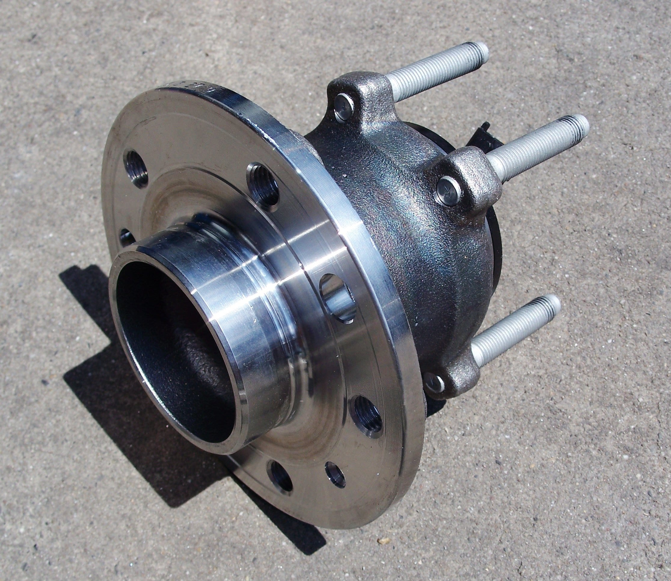 Sealed Hub Bearing Assemblies Make Bearing Inspections Complicated